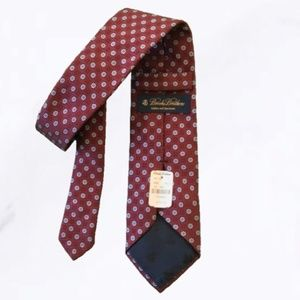 NWT Brooks Brothers Makers Deep Red Floral Tie